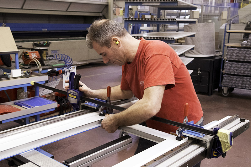 fabricant-fermetures-ateliers